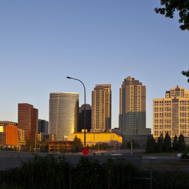 45418 urban skyline in bellevue ZZWUCYC