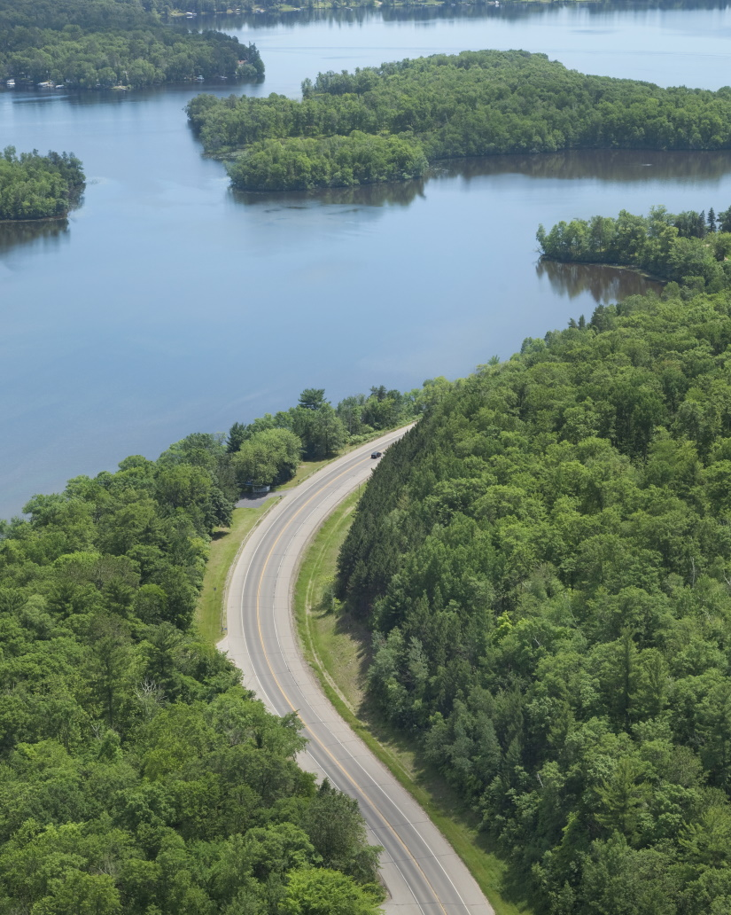 aerial view of a curving road alongside the missis P8N2F8X