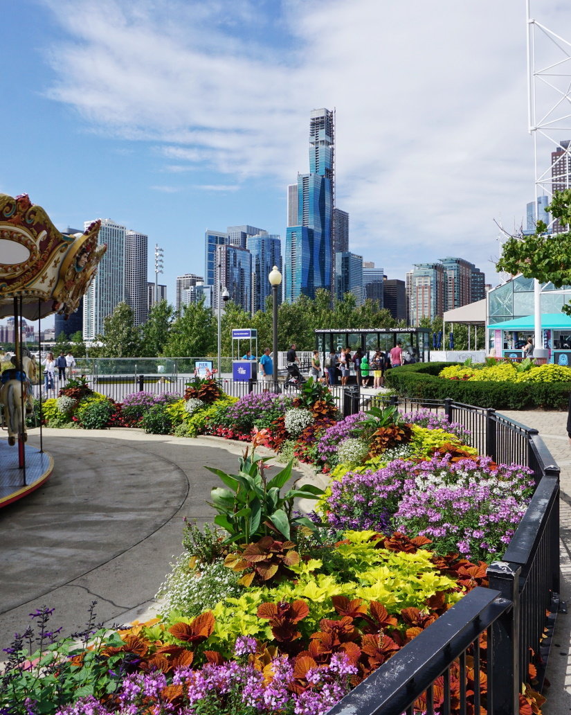 chicago illinois waterfront in the spring 8LUNENF